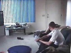 Скрытая камера снимает любительский секс озабоченной брюнетки и женатого соседа