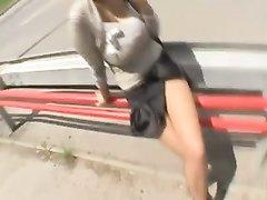 Уличная шалава с большими сиськами в видео от первого лица трахается с пикапером
