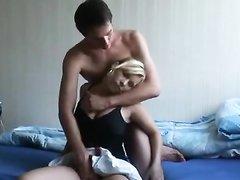 Любительский секс с минетом и окончанием на лицо молодой немецкой блондинки