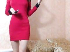 Шикарный домашний стриптиз красотки с большими сиськами по вебкамере