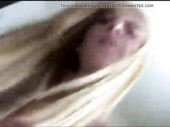 Грудастая молодая блондинка сделав домашний минет отдалась толстяку