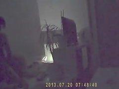 Ловелас перед домашней скрытой камерой трахает зрелую развратницу