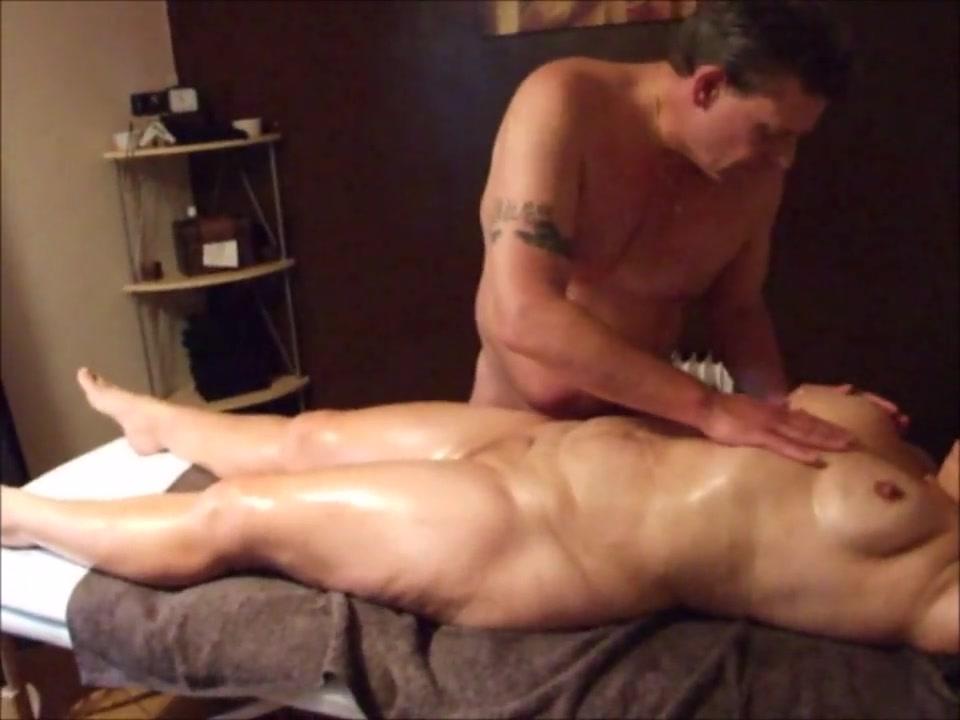 Эротический массаж и домашнее окончание внутрь зрелой толстухи