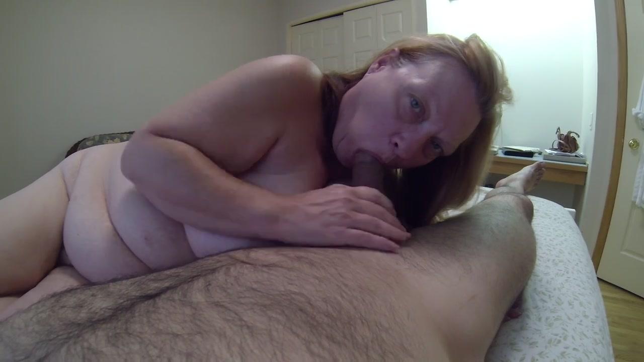 Трахает в рот жену 27 фотография