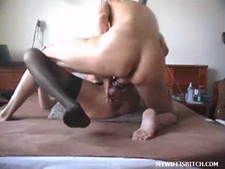 Неистовый хардкор в любительском порно удовлетворил зрелую даму в чулках