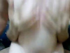 В домашнем видео толстая турецкая проститутка трахается крупным планом